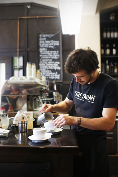 Caffe-Laffare-6